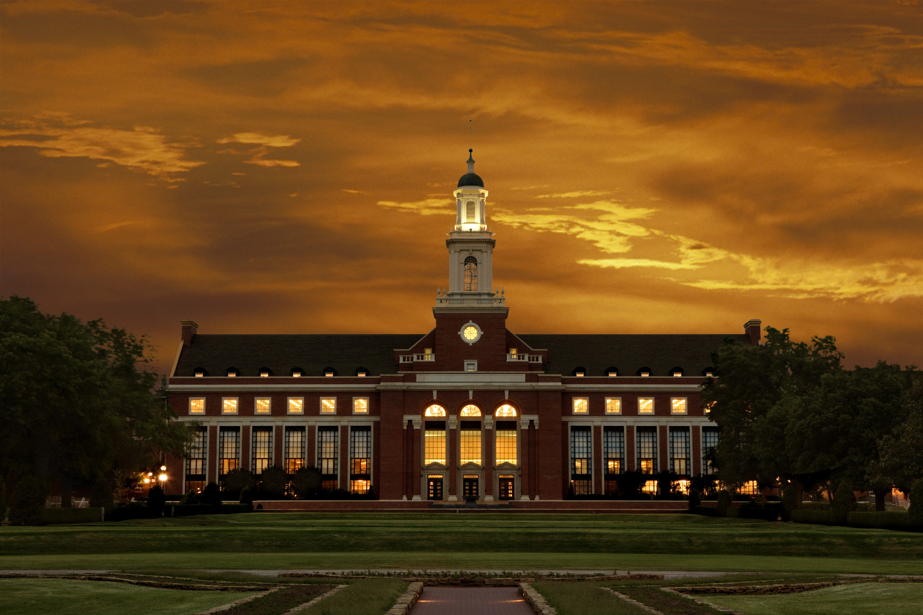 Oklahoma-State-University-online-degree-in-information-technology